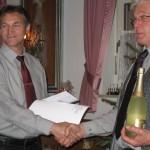 Verabschiedung des bisherigen Ausschussmitglieds Josef Frauenholz und Dank für sein Engagement durch Vorsitzenden Peter Weigl